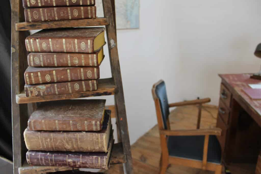 Old books in the Loft | La Colonie Aubrac